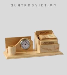 Lịch khắc gỗ tự nhiên
