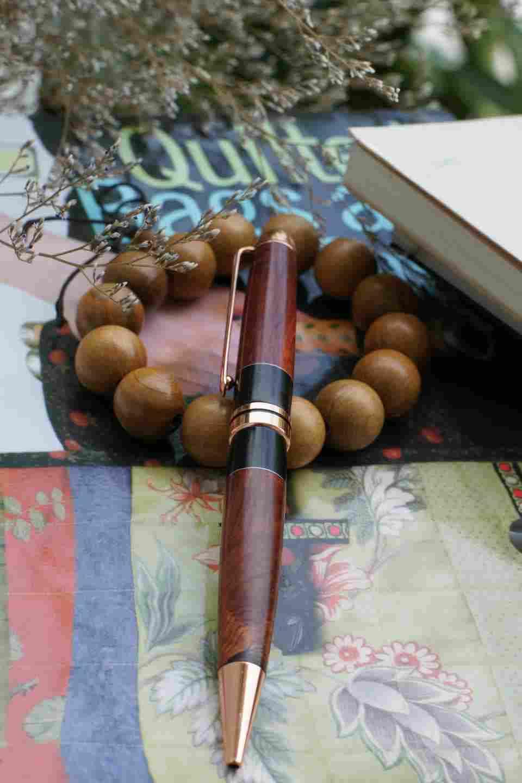 Bút gỗ cao cấp, Gỗ tự nhiên