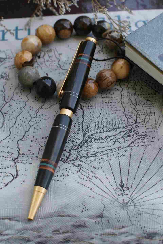 Bút gỗ mun 2
