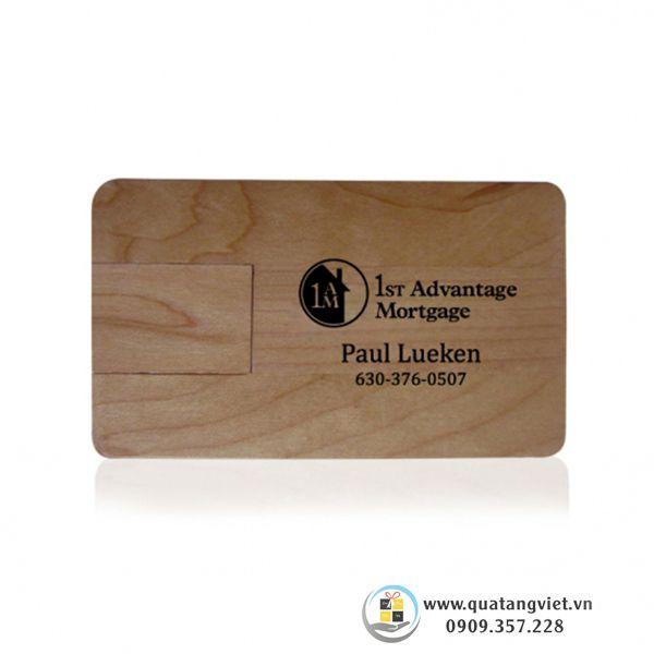 usb gỗ bằng thẻ quảng cáo