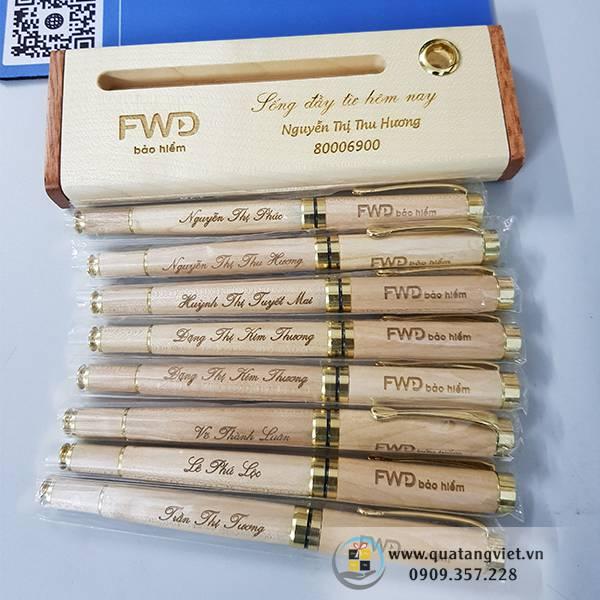 bộ bút gỗ khắc tên