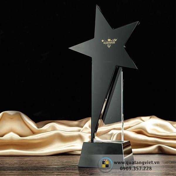 Cúp Pha Lê ngôi sao QTV046